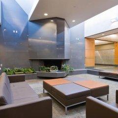 Отель West Coast Suites at UBC Канада, Аптаун - отзывы, цены и фото номеров - забронировать отель West Coast Suites at UBC онлайн бассейн