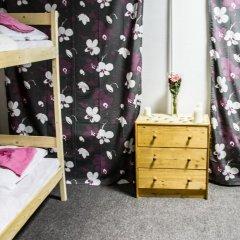 Come&Sleep Хостел Кровать в мужском общем номере с двухъярусными кроватями