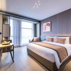 Отель Novotel Shanghai Clover 4* Улучшенный номер с различными типами кроватей фото 4
