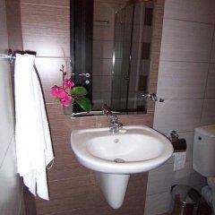 Апартаменты Bulgarienhus Harmony Suites Apartments Солнечный берег ванная