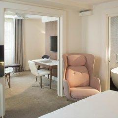 Отель Hôtel Dupond-Smith 5* Улучшенный номер с различными типами кроватей фото 3