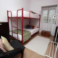 Ericeira In Love Hostel Кровать в общем номере с двухъярусной кроватью фото 6