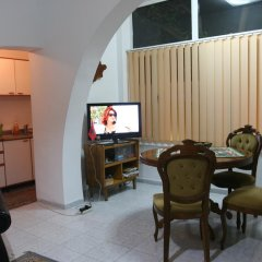 Отель Guesthouse Pension Andrea Албания, Тирана - отзывы, цены и фото номеров - забронировать отель Guesthouse Pension Andrea онлайн интерьер отеля