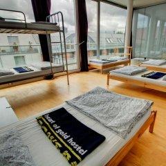 Heart of Gold Hostel Berlin Кровать в общем номере с двухъярусной кроватью фото 3