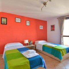 Отель Amarcord B&B Стандартный номер с 2 отдельными кроватями (общая ванная комната) фото 4