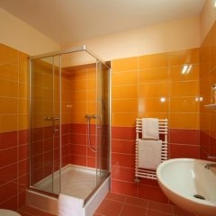 Six Inn Hotel ванная фото 2