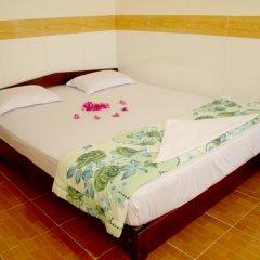Отель Hoang Nga Guest House 2* Стандартный номер с двуспальной кроватью