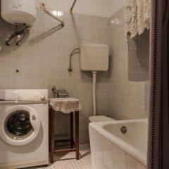 Отель Adriana Downtown Guesthouse 3* Стандартный номер с двуспальной кроватью (общая ванная комната) фото 3