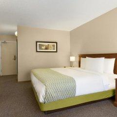 Отель Colonial Square Inn & Suites 2* Стандартный номер разные типы кроватей фото 3