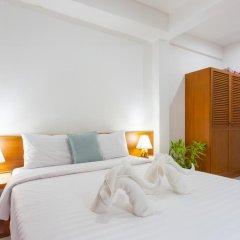 Отель Karon Sunshine Guesthouse & Bar 3* Стандартный номер с различными типами кроватей фото 14