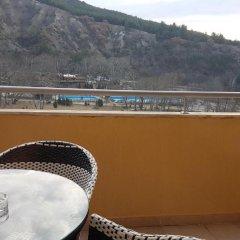 Отель Yana Apartments Болгария, Сандански - отзывы, цены и фото номеров - забронировать отель Yana Apartments онлайн балкон