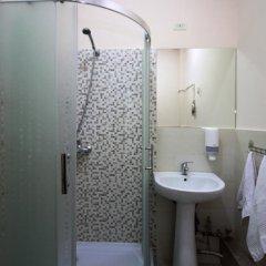 Mini Hotel YEREVAN 3* Стандартный номер двуспальная кровать фото 12
