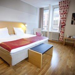 Original Sokos Hotel Helsinki 3* Улучшенный номер с двуспальной кроватью фото 4