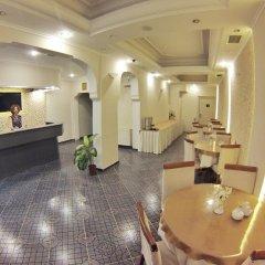 Anil Hotel Турция, Дикили - отзывы, цены и фото номеров - забронировать отель Anil Hotel онлайн интерьер отеля фото 3