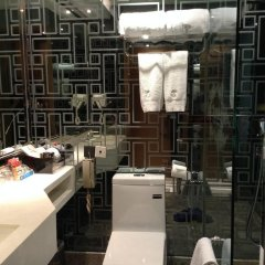 The Luxe Manor Hotel развлечения