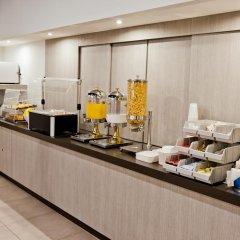 Отель City Express Junior Cancun Мексика, Канкун - отзывы, цены и фото номеров - забронировать отель City Express Junior Cancun онлайн питание фото 2