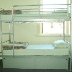 Отель Backpack Oz Кровать в общем номере с двухъярусной кроватью