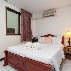 Отель Karon Sunshine Guesthouse & Bar 3* Стандартный номер с различными типами кроватей фото 12