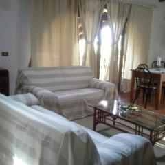 Отель House Luigi Дуэ-Карраре комната для гостей фото 3