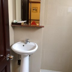 Imperial Saigon Hotel 2* Стандартный номер с различными типами кроватей фото 3