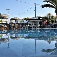 Отель Kafouros Hotel Греция, Остров Санторини - отзывы, цены и фото номеров - забронировать отель Kafouros Hotel онлайн бассейн фото 3