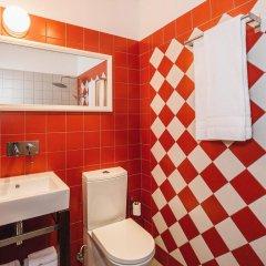 Отель Enjoy Porto Guest House ванная фото 2