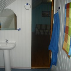 Гостиница 12 Стульев ванная