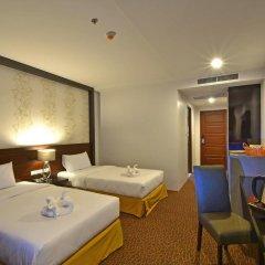 Siam Oriental Hotel 3* Улучшенный номер с 2 отдельными кроватями фото 2