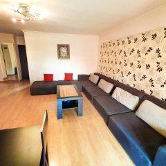 Апартаменты Republic Square Apartment комната для гостей фото 5