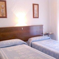 Отель Giraldilla Номер категории Эконом с различными типами кроватей фото 5