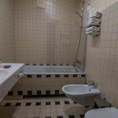 Отель Perkuno Namai Hotel Литва, Каунас - 2 отзыва об отеле, цены и фото номеров - забронировать отель Perkuno Namai Hotel онлайн ванная фото 2
