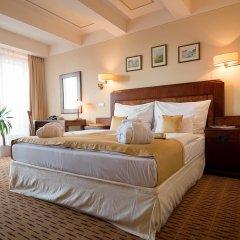 Hotel Majestic Plaza 4* Улучшенный номер с различными типами кроватей фото 12