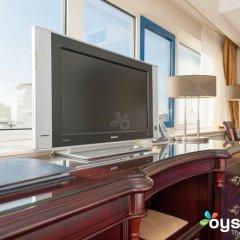 Отель XO Hotels Blue Tower 4* Представительский номер с различными типами кроватей фото 47