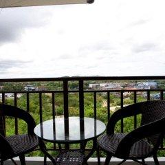Отель Ratchy Condo Банг-Саре балкон
