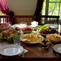 Отель Хостел JR's House Армения, Ереван - 1 отзыв об отеле, цены и фото номеров - забронировать отель Хостел JR's House онлайн питание фото 2