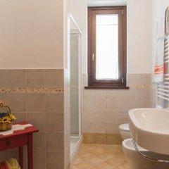 Отель Le fontanelle e l'uliveto Трайа ванная