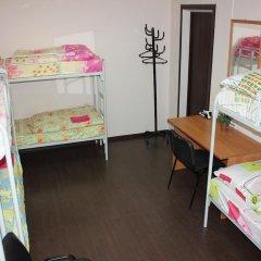 Club Hotel Vremena Goda Hostel Кровать в женском общем номере с двухъярусной кроватью фото 4