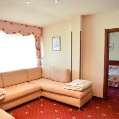 Club Hotel Martin 4* Семейный люкс с двуспальной кроватью фото 10