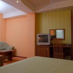 Adelfiya Hotel 2* Стандартный номер с двуспальной кроватью фото 7
