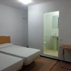 Отель Hostal Casa De Huéspedes San Fernando - Adults Only Стандартный номер с различными типами кроватей фото 4