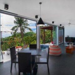 Отель Villas Del Sol Koh Tao Таиланд, Шарк-Бей - отзывы, цены и фото номеров - забронировать отель Villas Del Sol Koh Tao онлайн гостиничный бар