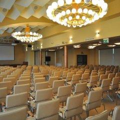 Отель Ośrodek Konferencyjno Wypoczynkowy Hyrny Закопане помещение для мероприятий фото 2