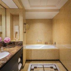 Отель Mandarin Orchard Singapore 5* Номер Премьер с 2 отдельными кроватями