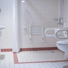 Отель InterCityHotel Leipzig Германия, Лейпциг - 1 отзыв об отеле, цены и фото номеров - забронировать отель InterCityHotel Leipzig онлайн ванная фото 2