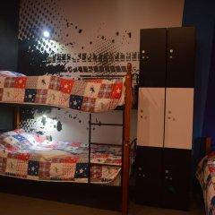 Hostel Racing Paradise Кровать в общем номере с двухъярусной кроватью фото 26