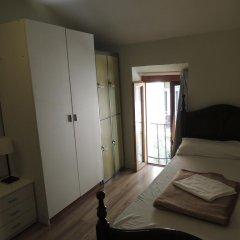 Mad4you Hostel Номер с общей ванной комнатой с различными типами кроватей (общая ванная комната)