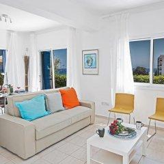 Отель Narcissos Bay View Villa Кипр, Протарас - отзывы, цены и фото номеров - забронировать отель Narcissos Bay View Villa онлайн комната для гостей фото 3