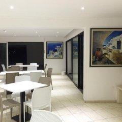 Отель Pambos Napa Rocks Hotel - Adults Only Кипр, Айя-Напа - 13 отзывов об отеле, цены и фото номеров - забронировать отель Pambos Napa Rocks Hotel - Adults Only онлайн питание фото 3