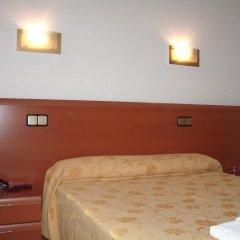 Отель Hostal Jerez Стандартный номер с различными типами кроватей фото 2