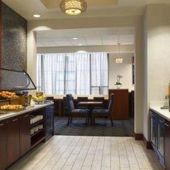 Отель Hilton Suites Chicago/Magnificent Mile питание фото 4